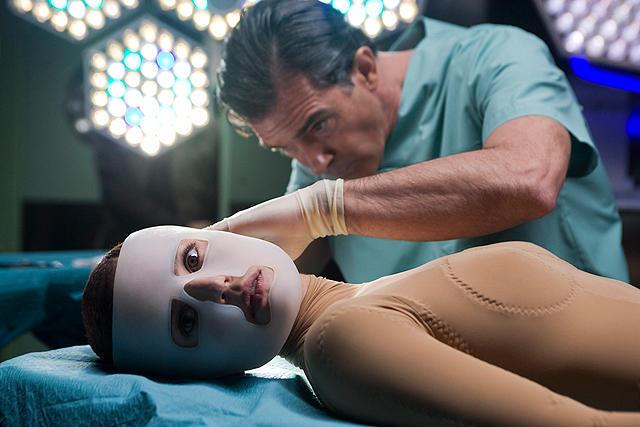 映画「私が、生きる肌」感想 -後半にネタバレあり- 変態医師による理解不能な復讐劇。
